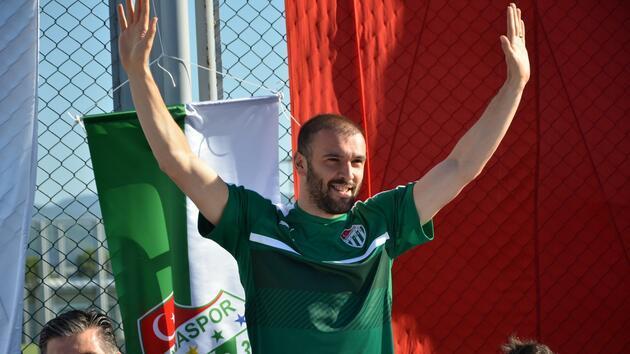 Yuvaya dönen futbolcular