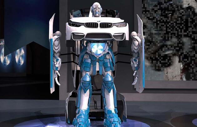 Uzaylılar değil Türk mühendisler yaptı: BMW'yi Transformers'a çevirdiler