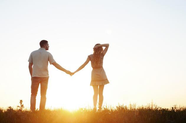 """Aşık olduğunuzun 13 """"bilimsel"""" göstergesi"""