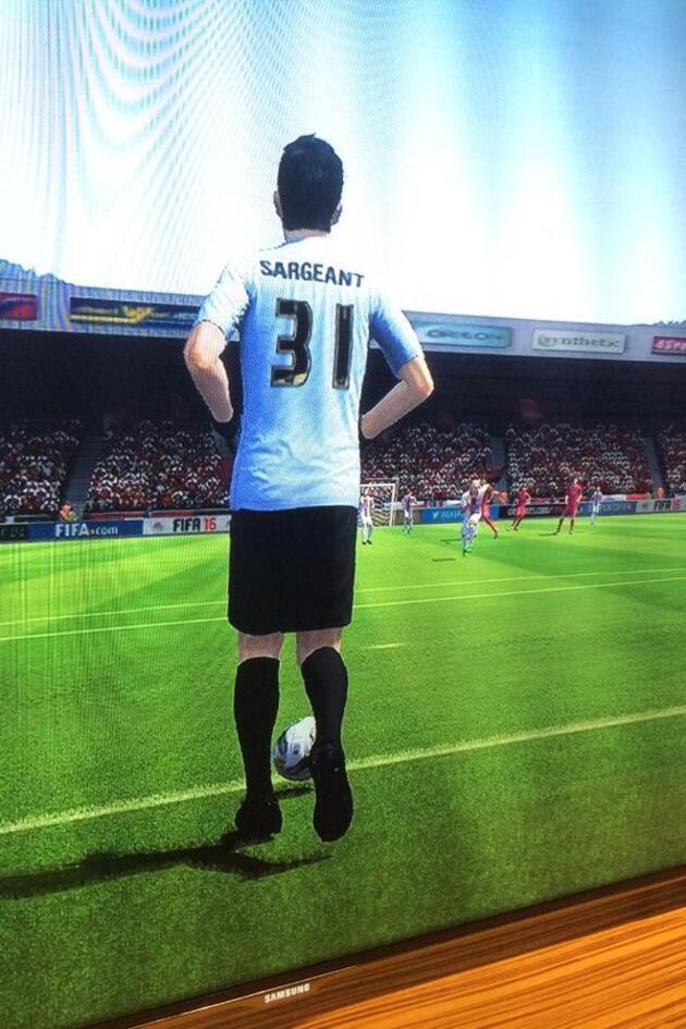 FIFA 17'nin en kötü oyuncusu isyan etti: Ben bile kendimi takıma almam