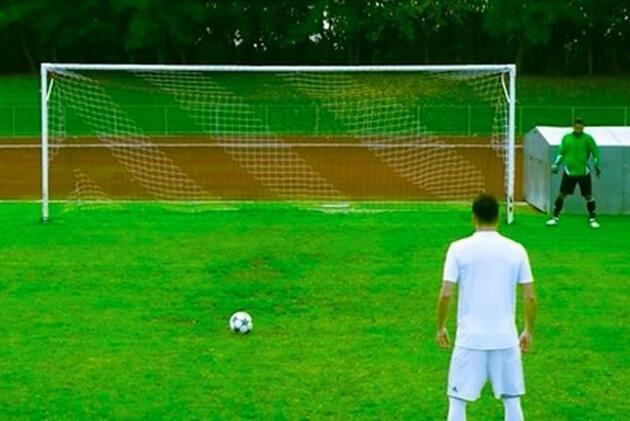 FIFA 17'deki absürt hatalar gerçek hayatta olsa böyle olurdu