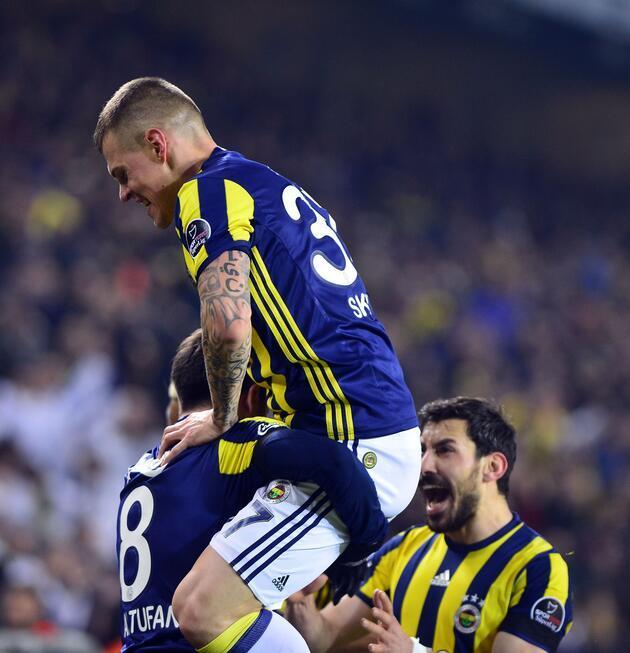 Fenerbahçe, Başakşehir'i 1-0'lık skorla geçti