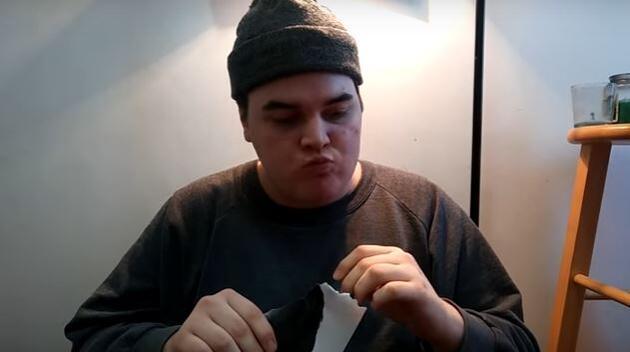 Her gün Jason Segel'in fotoğrafını yiyor