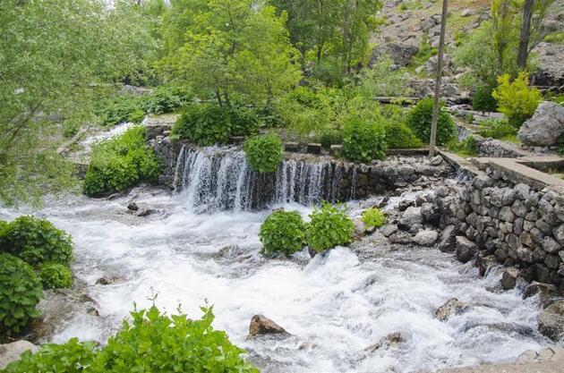 Tunceli'de bir doğal güzellik abidesi: Munzur Gözeleri