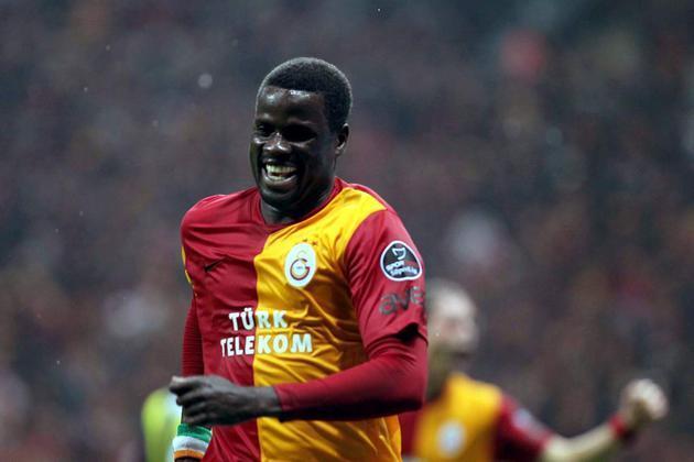 Son dakika Emmanuel Eboue Galatasaray'a dönüyor