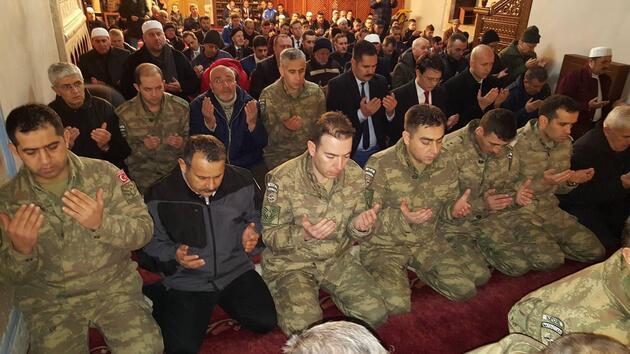 Kosova'da, Afrin'de şehit düşen Türk askerleri için dualar okundu
