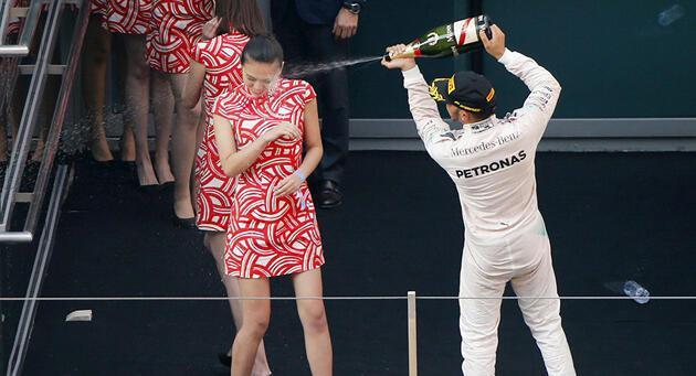 Formula yarışlarında artık grid kızları olmayacak