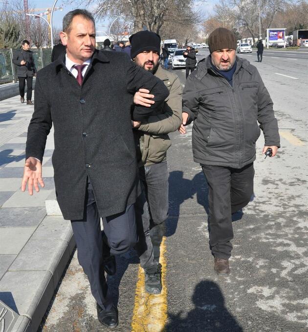 Ankara'da servisçi eylemine polis müdahalesi