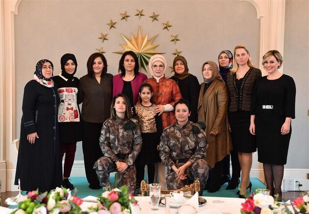 Emine Erdoğan, Özel Harekat personeli eşlerini yemekte ağırladı