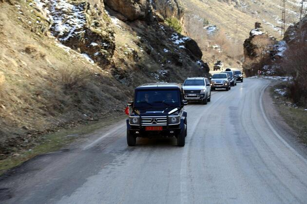 PKK'lılar, Tunceli Valisi'nin su içtiği çeşmenin yakınında kalmışlar