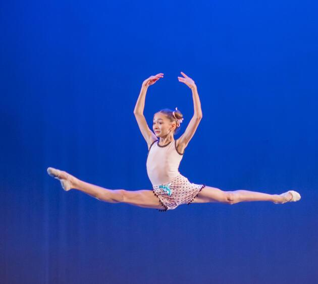 11 yaşındaki Türk balerin New York finaline kaldı