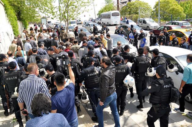 Ankara'da KESK eylemine polis müdahale etti