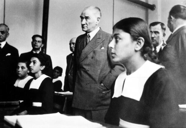 Atatürk'ün çocuklarla ilgili söylediği sözler
