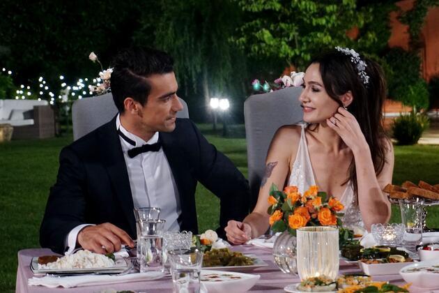 Siyah Beyaz Aşk bitiyor mu, sevilen dizi neden final yapıyor?