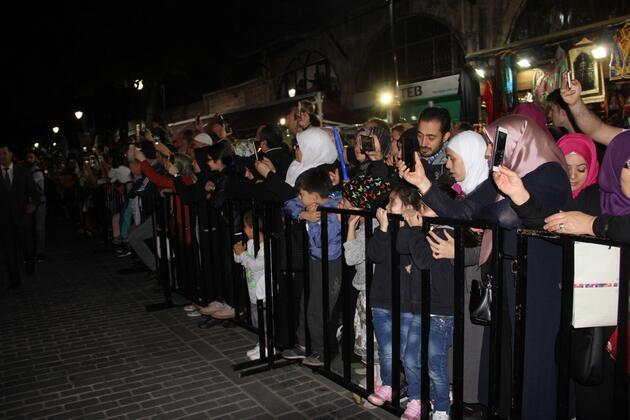 Sultanahmet Meydanı'nda Mehter eşliğinde 'Baklava Alayı'