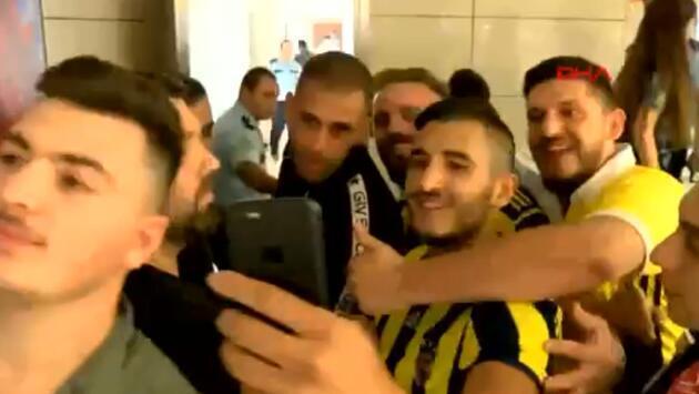 Islam Slimani'nin Fenerbahçe'ye maliyeti belli oldu