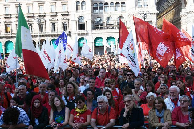 İtalya'da on binlerce kişiden ırkçılık protestosu