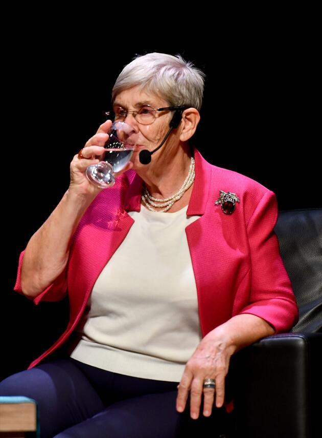 Canan Karatay'dan yeni öneri: Saf su içmeyin