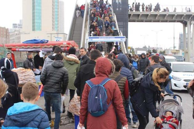 İstanbul TÜYAP Kitap Fuarı'na akın etti