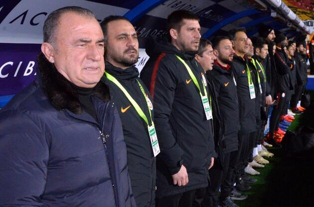Galatasaray'da ikinci dalga geliyor