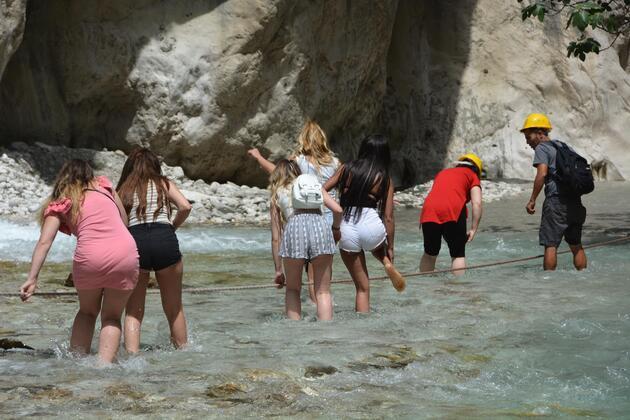 Saklıkent Kanyonu'na ziyaretçi akını