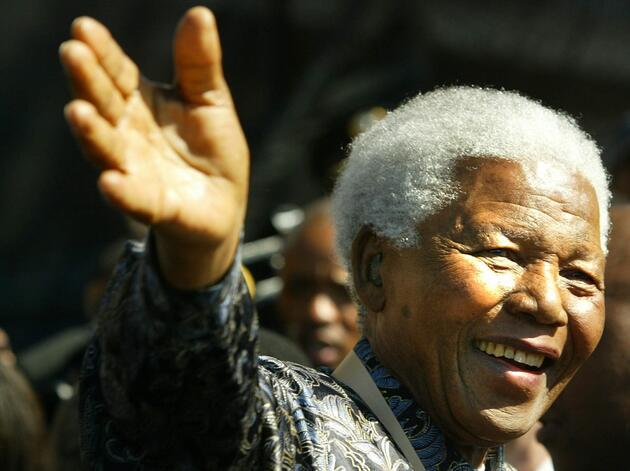 Güney Afrikalıların efsanevi lideri Mandela, doğumunun 101. yılında anılıyor