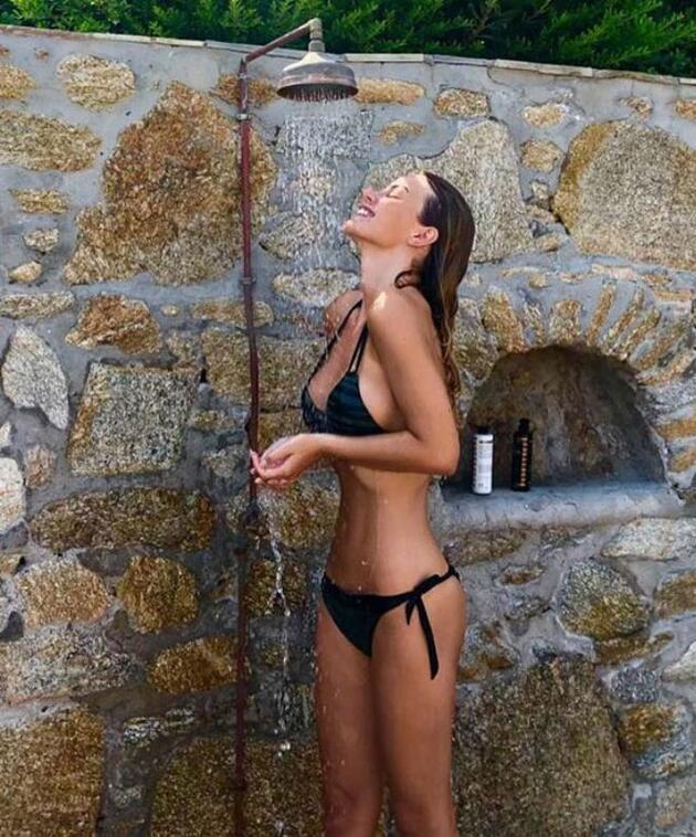 Aslı Turanlı doğum gününü Yunan aşkı ile kutladı