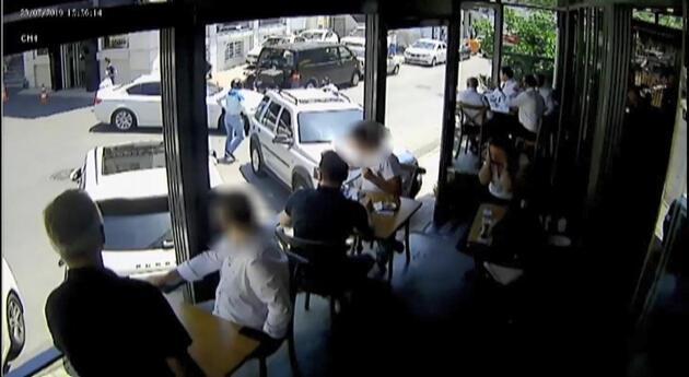 İş adamının filmleri aratmayan planı kamerada; Soygun sahte kaza gerçek