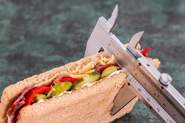 İşte kilo verememenizin sebebi! Diyetle ilgili bilinmeyen 15 yanlış