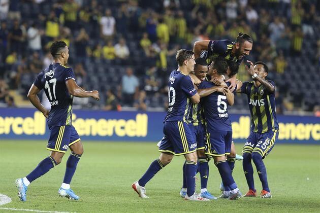 Emre Belözoğlu golle döndü