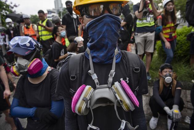 Durmuyorlar! Hong Kong'da gösteriler sürüyor