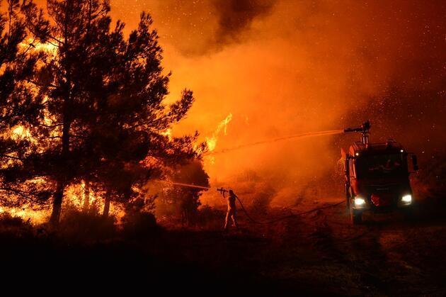 Gelibolu Yarımadası'nda yangın! Havadan müdahale başladı