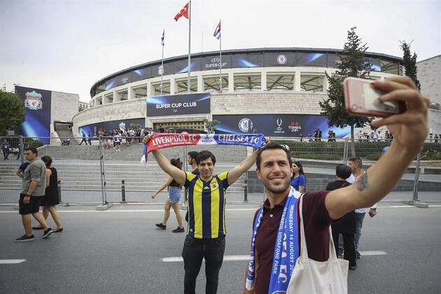 Liverpool ve Chelsea maçı öncesi fotoğraflar