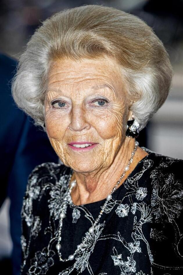 Hollanda Prensesi Christina hayatını kaybetti