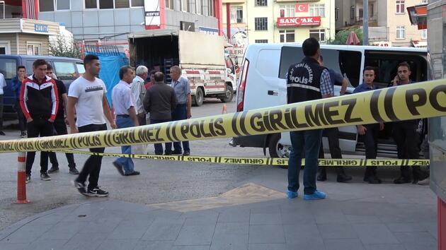 Kırıkkale'de bir şahıs, 10 yaşındaki kızının gözü önünde tartıştığı eski eşini boğazından bıçaklayarak öldürdü. ile ilgili görsel sonucu