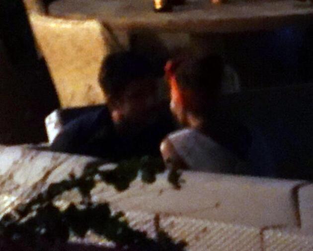 Yine yakalandılar! Saat 23.00 yer Demet Özdemir'in evi