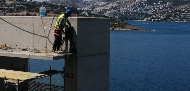 200 milyon dolarlık inşaata kepçeler, dozerler girdi