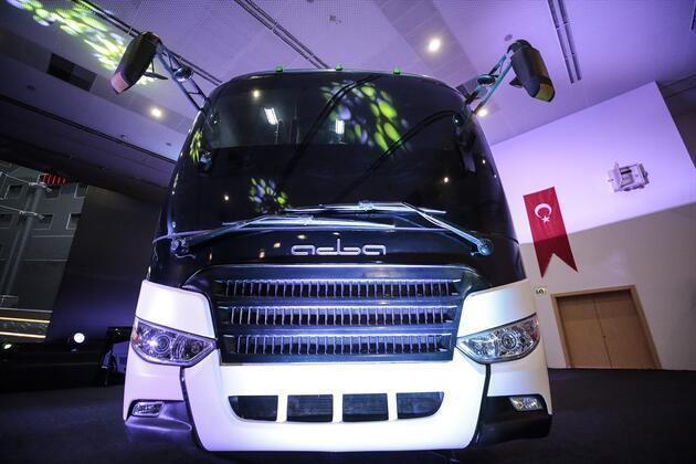 """Türkiye'nin ilk sivil zırhlı midibüsü """"Adba"""" göreve hazır"""