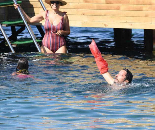 Alçılı kola poşet önlemi! Denize böyle girdi