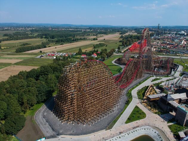 Dünyanın en uzun tahta lunapark treni