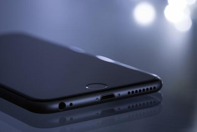 Google, iPhone marka telefonları iki yıldır hedef alan bir siber saldırı keşfetti