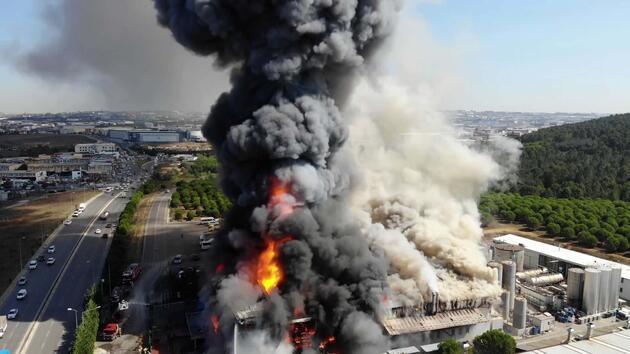 Tuzla'daki fabrika yangınından ilk görüntüler