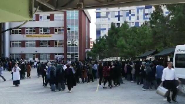 İstanbul'da korkutan deprem halkı sokağa döktü