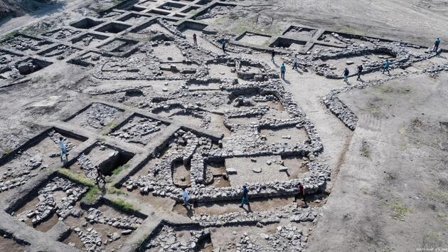 İsrail'de 5 bin yıllık antik kent bulundu