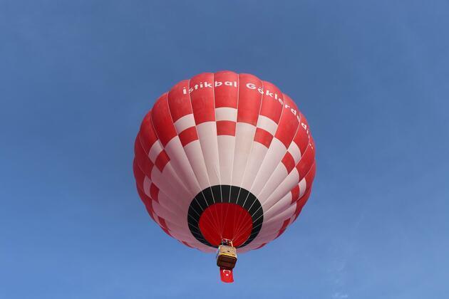 Türkiye'nin ilk yerli ve milli sıcak hava balonu Kapadokya'da uçtu