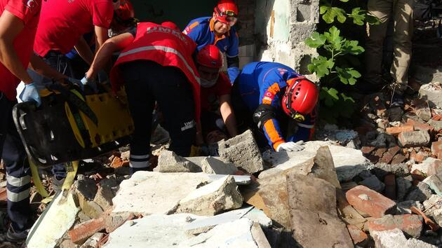 4 yıl önce afetin olduğu bölgede deprem tatbikatı