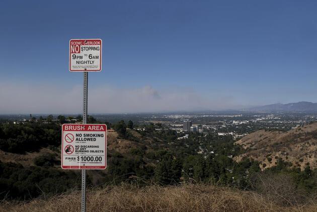 Kaliforniya'da yangın nedeniyle 100 binden fazla kişi tahliye edildi