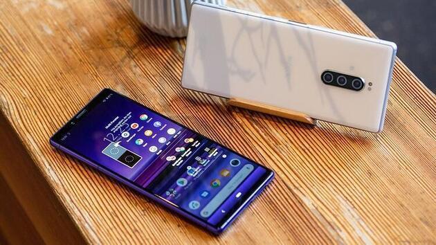 O telefonlar baştan aşağı değişiyor! Listede sizinki de olabilir