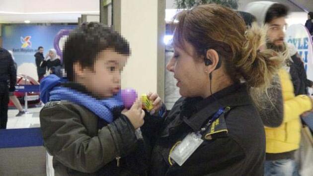 Çocuğunu AVM'de bırakan anne zorla duruşmaya getirildi