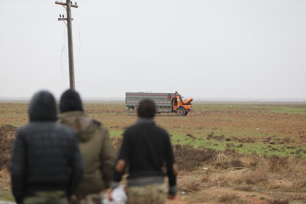 Tel Abyad'da teröre ait bombalı araç yakalandı